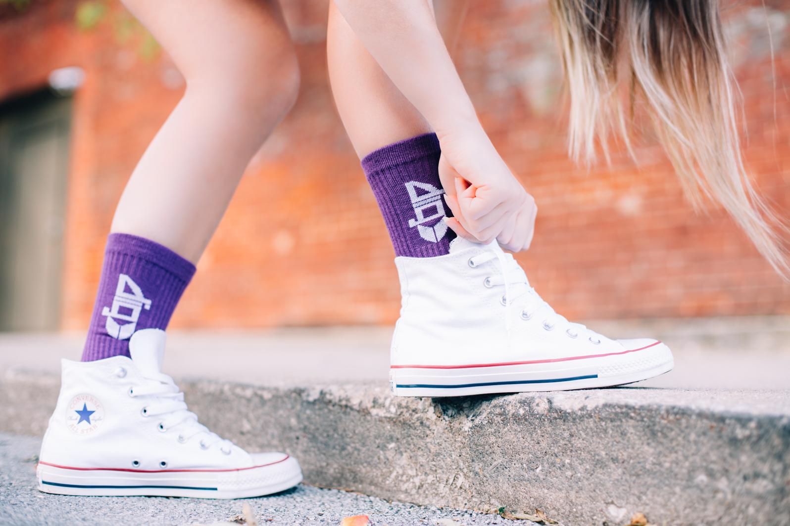 Enjoy style, comfortability, and durability with bamboo socks vs cotton socks.